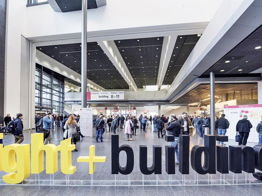 anmeldung light and building