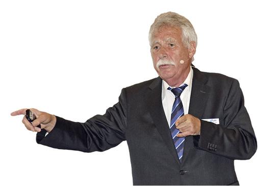 Dr Wolfgang Wiegard